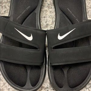 Nike Shoes - Nike comfort slides